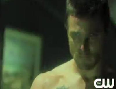 El superhéroe 'Arrow' ya recorre Starling City en la nueva promo de la serie