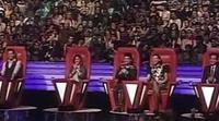 Miguel Bosé deja la silla de 'La Voz... México' para cantar en el escenario de 'La Voz... Argentina'