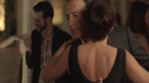 Matías Prats y Manel Fuentes bailan con rostros de laSexta en el spot de Antena 3