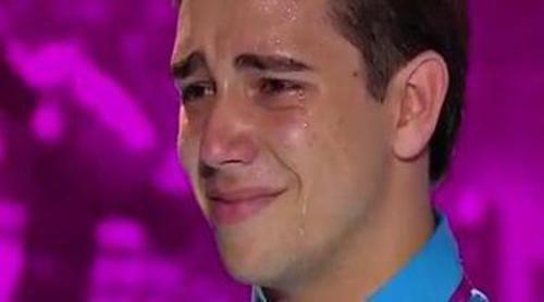 El tartamudo cubano Lázaro Arbos emociona a Nicki Minaj y Mariah Carey en 'American Idol'