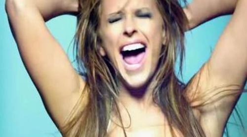 Jennifer Love Hewitt se desnuda en la promo de 'The Client List'