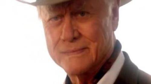 'Dallas' cambia su cabecera para recordar a JR Ewing