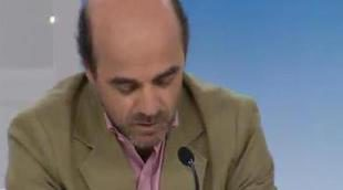 """Ignacio Corrales: """"En 'Con una sonrisa' encontramos valores por los cuales TVE tiene el deber de velar"""""""
