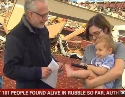 """CNN, a una superviviente del tornado: """"Se lo tienes que agradecer al Señor"""" """"Soy atea"""""""