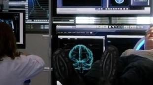 Gabriel (Josh Holloway) instala un chip en su cerebro en el nuevo tráiler de 'Intelligence'