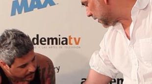 Fernando Jerez y Manuel Campo Vidal se tatúan para sellar la entrada de Discovery Max en el Consejo de la Academia de Televisión
