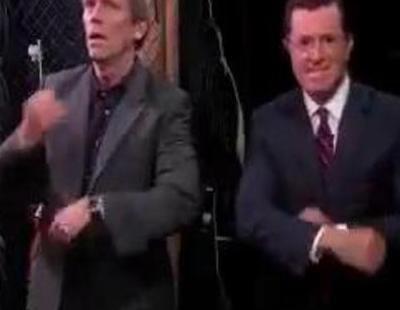"""Bryan Cranston, Hugh Laurie y Matt Damon, entre los famosos que bailan """"Get Lucky"""" en 'The Colbert Report"""