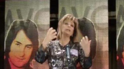 María Teresa Campos se juzga a sí misma cantando por Nino Bravo