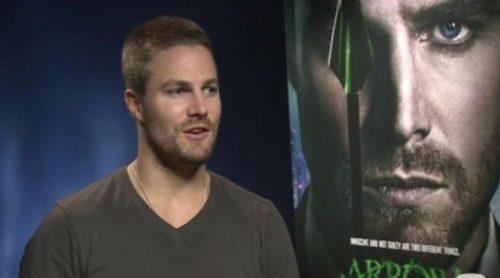 """Stephen Amell: """"En la segunda temporada de 'Arrow', mi personaje va a ponerse el traje de nuevo por una razón más justa"""""""