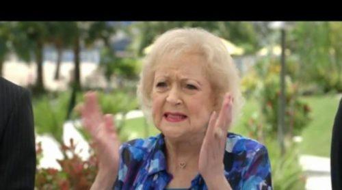 Betty White protagoniza el último vídeo de seguridad de Air New Zealand