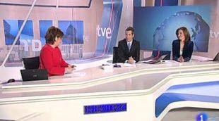 El equipo del 'Telediario' sorprende a María Escario con la emisión de su discurso en los Premios Ondas