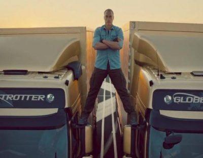 Van Damme separa dos camiones en el anuncio de Volvo