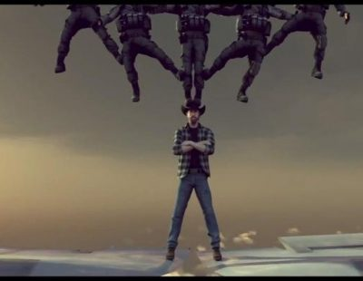 Parodia: Chuck Norris, más duro que Van Damme, separa dos aviones