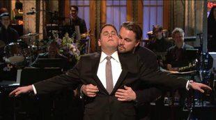 """Jonah Hill y Leonardo DiCaprio recrean en 'SNL' la famosa escena de """"Titanic"""""""
