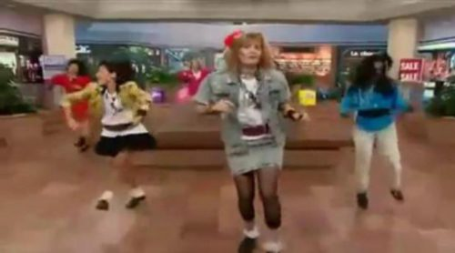 "Robin Sparkles: ""Let's Go To The Mall"""