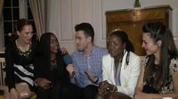 """Aiwinnie Mybaby: """"Había una zona no señalada en el escenario de Eurovisión, metí mi pie accidentalmente, me caí pero estoy bien"""""""