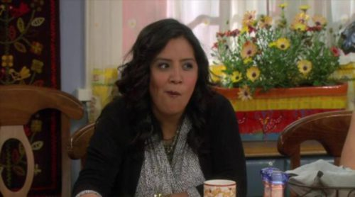 Tráiler de 'Cristela', la sitcom latina de ABC