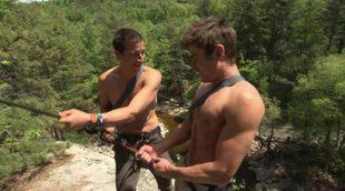 Zac Efron con el torso desnudo en 'Running Wild', con Bear Grylls