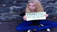 """Así """"mendiga"""" Myrcella Baratheon (Aimee Richardson) un nuevo trabajo de princesa"""