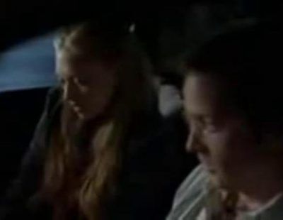 Aaron Paul en 'Big Love' con Amanda Seyfried
