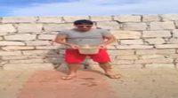 Ryan Seacrest cumple el reto del cubo de agua helada