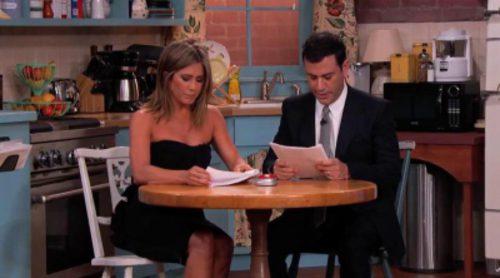 Jennifer Aniston, Courteney Cox y Lisa Kudrow se reúnen de nuevo en una escena de 'Friends' con Jimmy Kimmel
