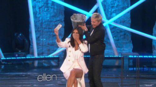 "Kim Kardashian cumple el ""ice bucket challenge"""