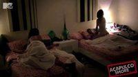 """Sube la temperatura en 'Acapulco Shore': Doble """"edredoning"""" en la misma habitación"""