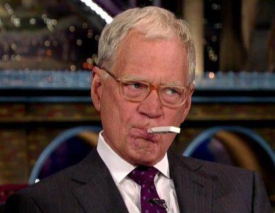 Jim Carrey hace en directo la prueba del ébola a David Letterman