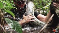 """""""Eaten alive"""", el documental donde un hombre es engullido por una anaconda"""