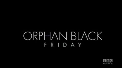 Jordan Gavaris y Evelyne Brochu celebran el Orphan Black Friday