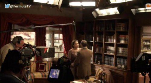 Así se rodó el beso entre Francisca y Raimundo en el capítulo 1.000 de 'El secreto de Puente Viejo'