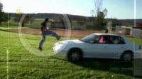 'Ciencia para aficionados' nos explica cómo saltar un coche en marcha