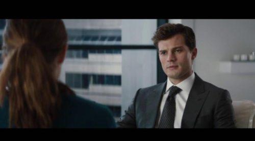 """Así es la entrevista de Christian a Anastasia en """"Cincuenta sombras de Grey"""""""