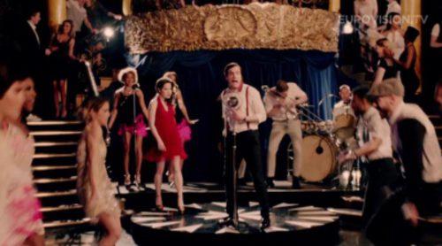 "Electro Velvet interpreta ""Still In Love With You"", tema con el que representará a Reino Unido en Eurovision 2015"
