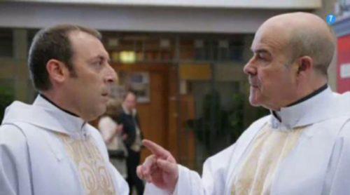 Telecinco comienza a promocionar 'Aquí paz y después gloria', la nueva serie de Antonio Resines y Antonio Molero