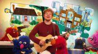 Ed Sheeran canta junto a los personajes de 'Barrio Sésamo'