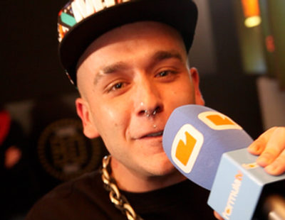 "Jhota ('GH 12') dedica a FormulaTV.com su hit ""La media vuelta"""