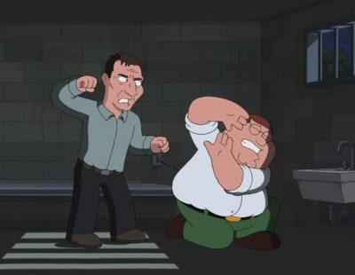 La gran pelea entre Liam Neeson y Peter Griffin en el capítulo 250 de