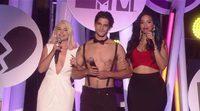 Tyler Posey de 'Teen Wolf' presenta la gala de los MTV Fandom Awards sin camiseta