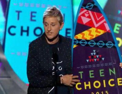 Ellen Degeneres dedica su premio a su mujer en los Teen Choice Awards 2015