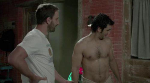 """Juan (Dani Rovira) se sincera con Mario (Fran Perea): """"Te quiero un montón. Ahora dime tú que me quieres"""""""