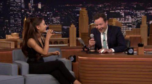 Ariana Grande imita a Britney Spears, Christina Aguilera y Celine Dion en 'Tonight Show'