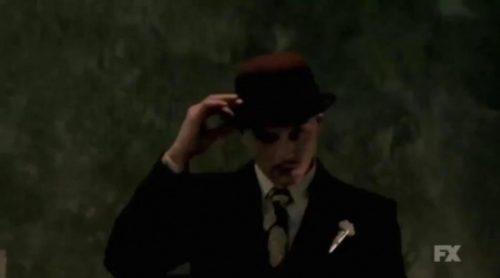Evan Peters se deja ver en el nuevo teaser de 'American Horror Story: Hotel'
