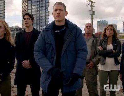 Primer avance de 'Legends of tomorrow': la nueva serie de superhéroes de la cadena The CW